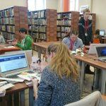 Gimnazjaliści w Bibliotece